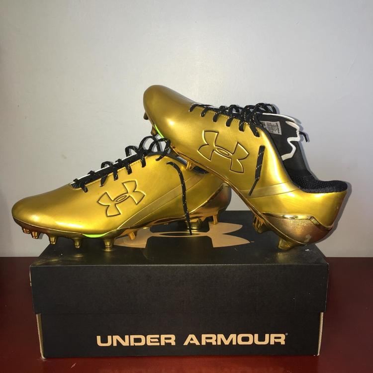 "4b81fcfa6d1 Under Armour Gold Spotlight ""Low"" Cleats 