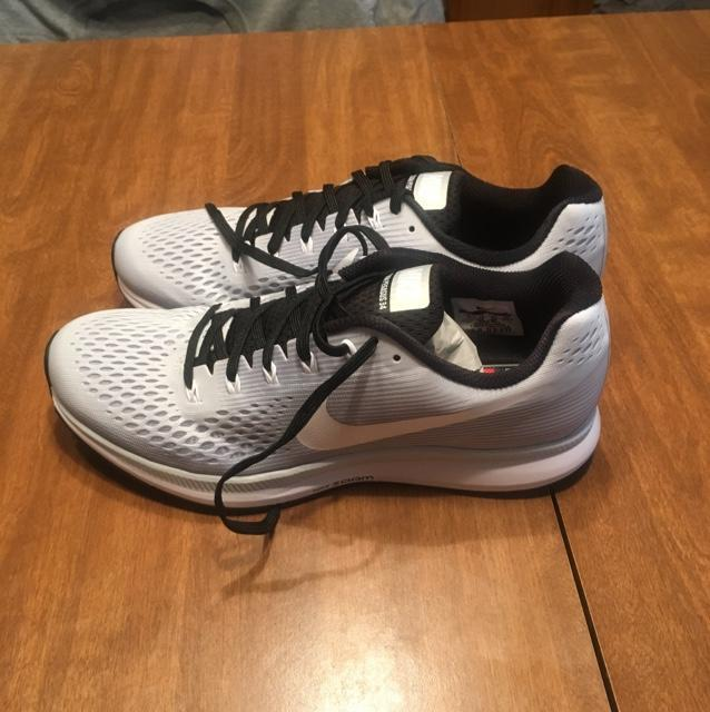 official photos 81bba 4c9e9 Albany Team Issued Nike Air Zoom Pegasus 34 Running Sneakers - Size 11