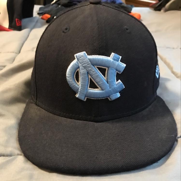 New Era UNC Hat Size 7  9cc126645ff