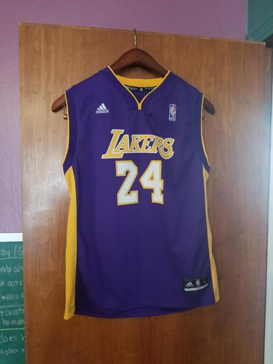 0dac75175 Adidas Lakers Kobe Bryant jersey