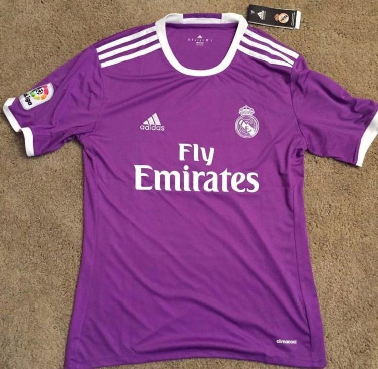 timeless design 6fea4 c188b Real Madrid Away Ronaldo Jersey (L)