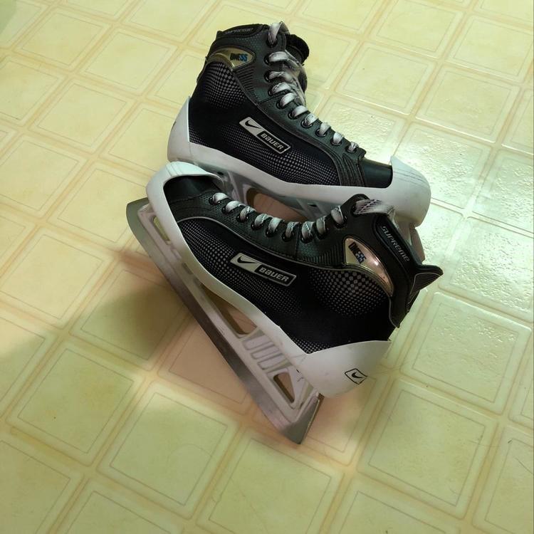 Nike Hockey Gloves: Hockey Goalie Skates
