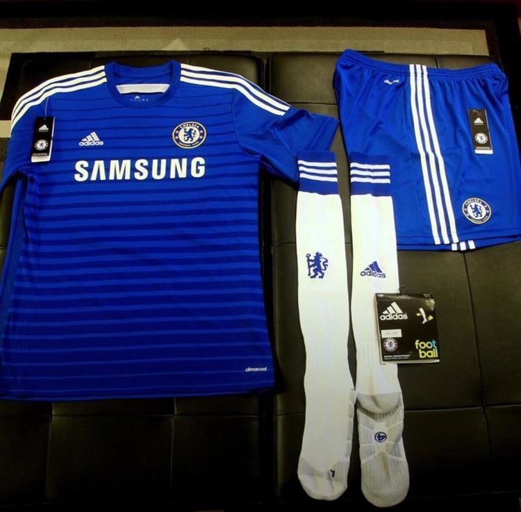 Brand New Chelsea FC Home Kit (2014 2015 - Men s Large  100% Authentic) -  EXPIRED dedd553a0