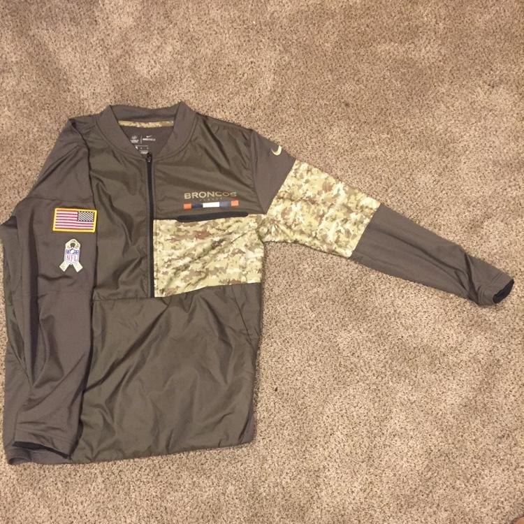 d1211843 Brand New Nike NFL 1/4 Zip. Broncos Military | EXPIRED | Football ...