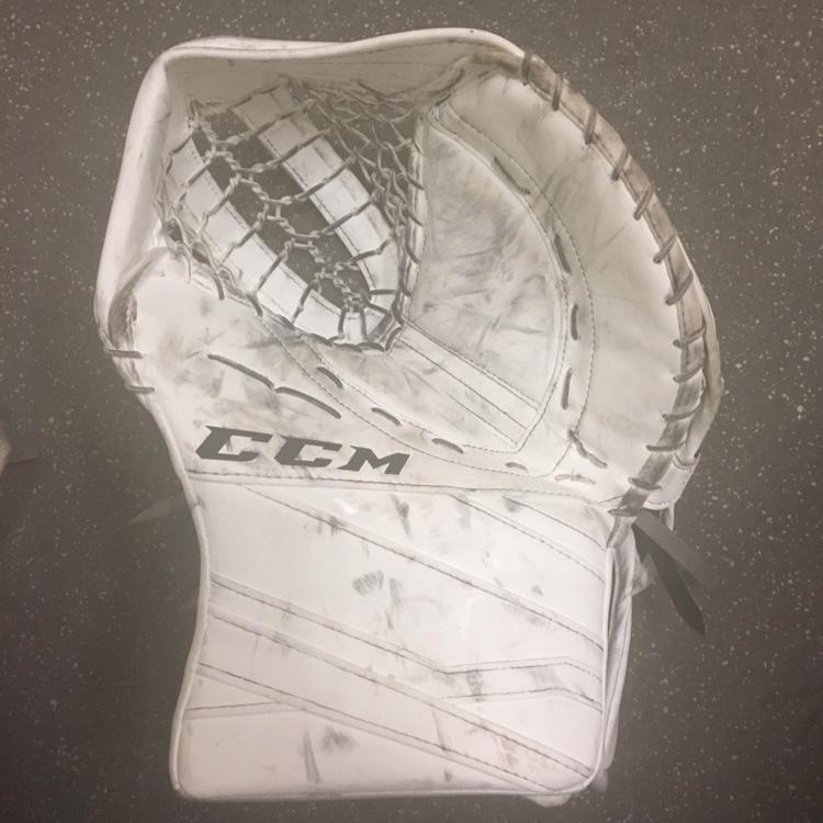 CCM Eflex 3 Glove 600 Break