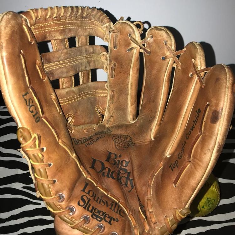 louisville slugger big daddy lsg   softball rh glove sold baseball gloves mitts