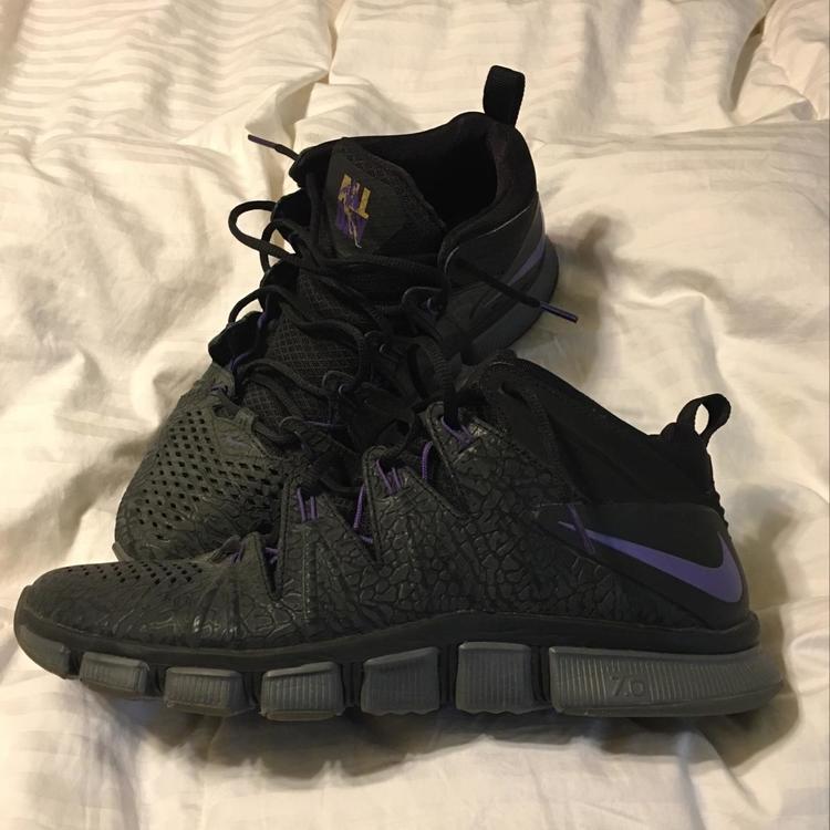 c68a4dd4cd7a Nike Free Trainer 7.0 Adrian Peterson Edition Minnesota Vikings Size 11.5