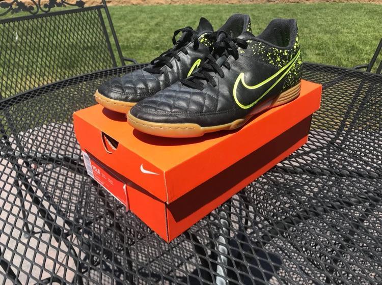 05f155aa3 Nike Tiempo Indoor