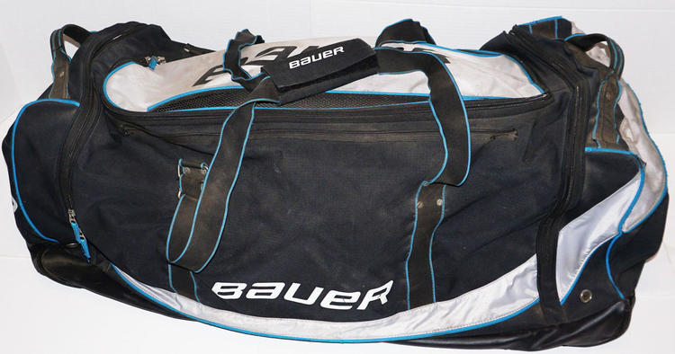 Well Used Bauer Wheeled Bag For Ice Roller Sr Player Or Goalie