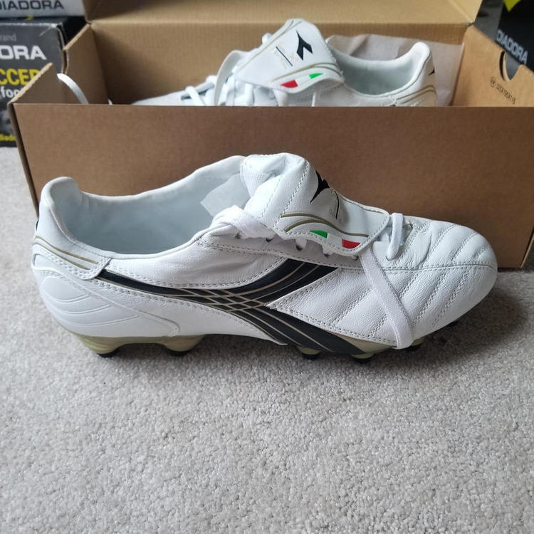 82de8b540 Brand New Diadora LX KII MG 14 Soccer Cleat Size 8.5