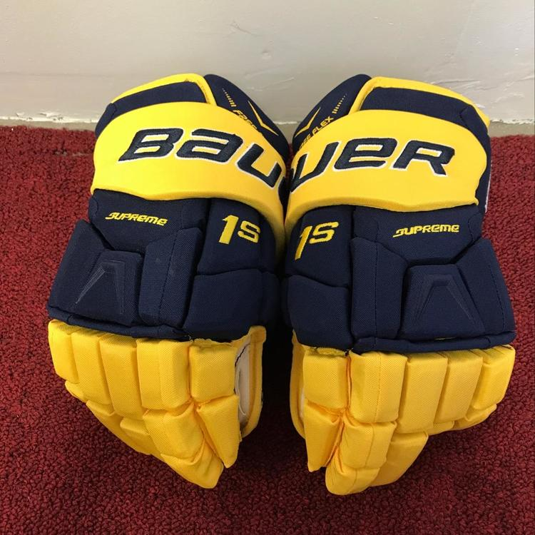 University Of Michigan Bauer 1s Gloves Size 14 Pro Stock Return Item #  MICHG17
