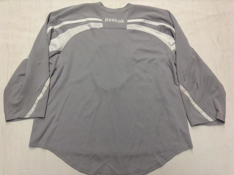 ecee1c80a NE HUSKIES Reebok 20P00 Edge Practice Jersey GRAY Goalie Cut GC - SOLD