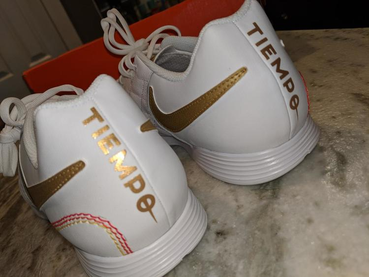 5af45c441 coupon code hard to find brand new ronaldinho nike tiempo legend 7 academy  10r size 10.5