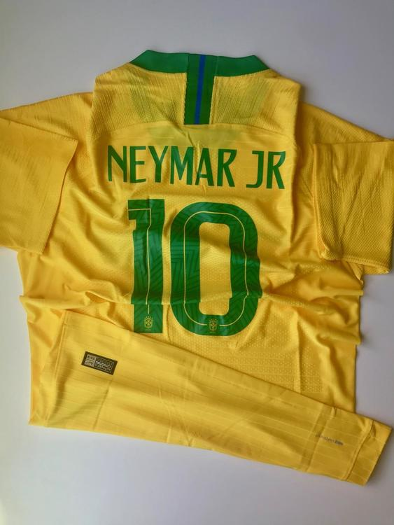 2a735a0069c Nike New BRAZIL NEYMAR JR FIFA WOLD CUP HOME PLAYER JERSEY