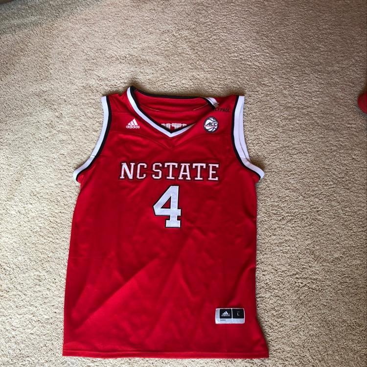 timeless design 43cc5 4a1e7 Dennis Smith Jr NC State Jersey
