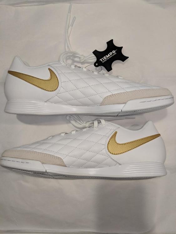 d0ee1d406 Nike   BRAND NEW   RONALDINHO   TIEMPO LEGEND 7 Academy 10R   SIZE 10.5  NO  TRADES