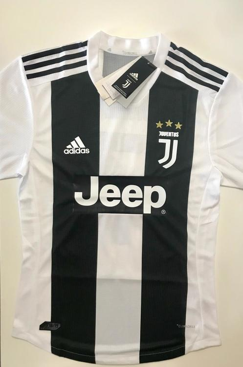 622a5989739 Adidas RONALDO JUVENTUS HOME PLAYER JERSEY NEW