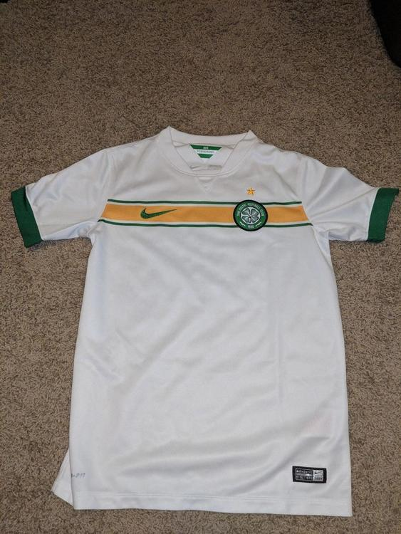 new arrival 572fa ce9e5 New Authentic Celtic 14/15 3rd kit/jersey