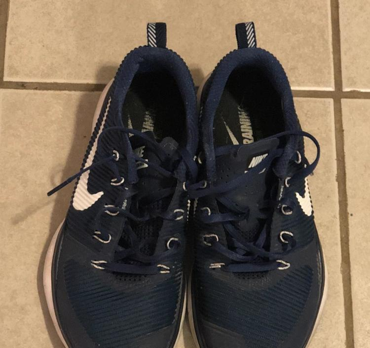 df7a29018769 Nike Flywire Training Shoe Size 8