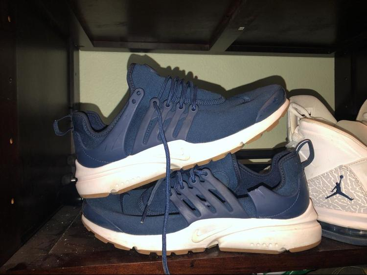 promo code b45a9 507be Women's Navy Blue Prestos