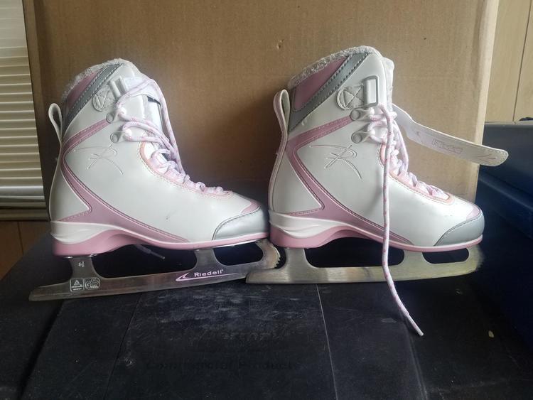 Girls Riedell Ice Skates