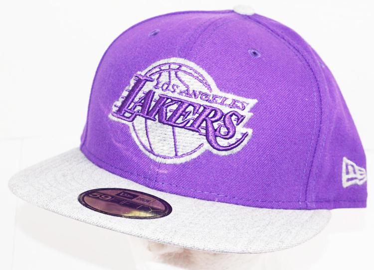 new arrival 5626d 2760b LOS ANGELES LA LAKERS PURPLE HAT NBA OEM NEW ERA 59FIFTY ADULT 7 1 2    Basketball Apparel   Jerseys   SidelineSwap