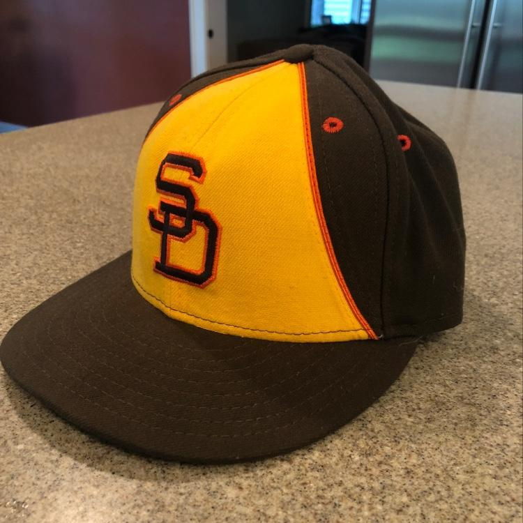 reputable site 04e53 fb761 New New Era 5950 SD Padres Throwback Hat Size 7 1/4