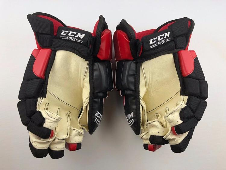 637f862550d CCM NEW! CL TEAM CANADA PRO STOCK PLAYER 14