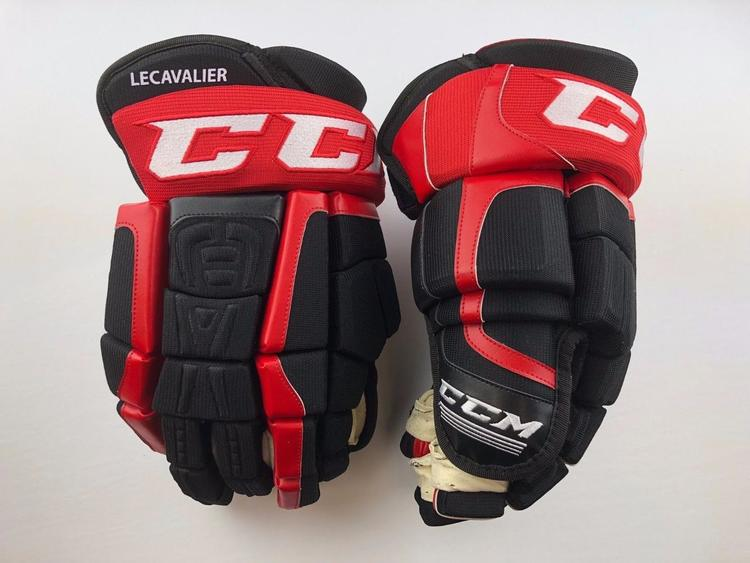 d754c390307 CCM CL TEAM CANADA PRO STOCK HOCKEY PLAYER GLOVES 14
