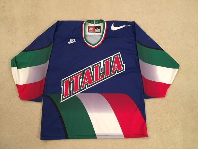 Nike Team Italy Hockey Jersey Senior Large - SOLD f132327e5ff