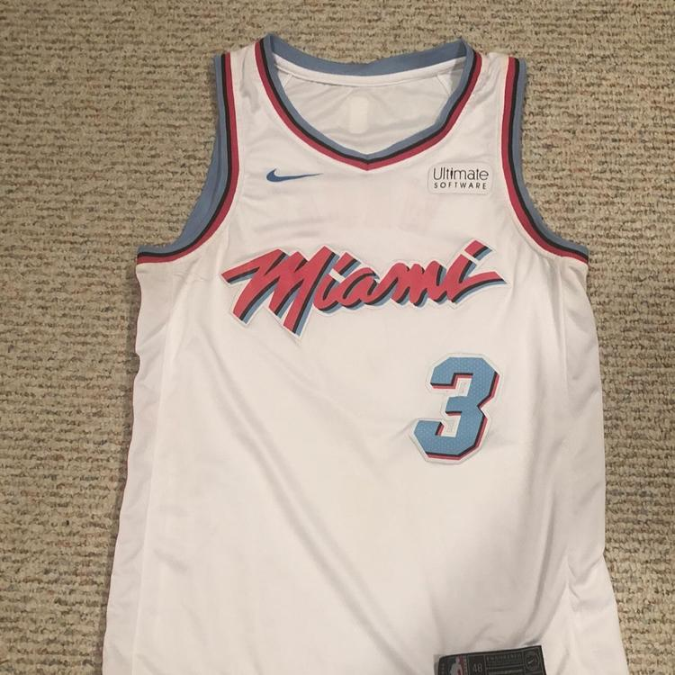 cheap for discount 490ad 6dd48 Nike Replica Dwayne Wade Miami Heat Jersey City Edition
