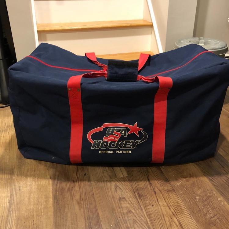Nike USA Hockey Bag a399dd0a8f909