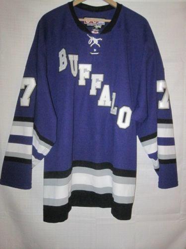 reputable site 7adb3 16c20 Buffalo Bison CCM game worn high school hockey jersey purple #7 Minnesota