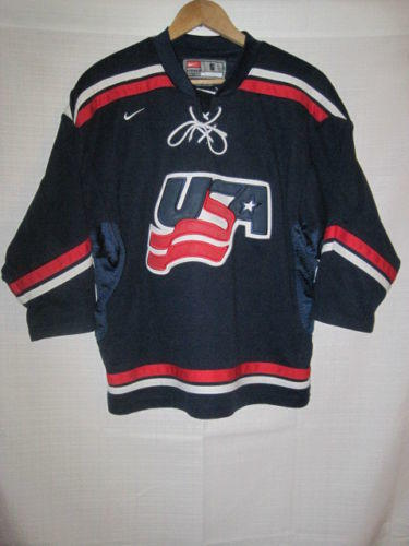 Team USA Nike IIHF Hockey jersey kids boys S blue World Junior Olympics bd7f59c5448