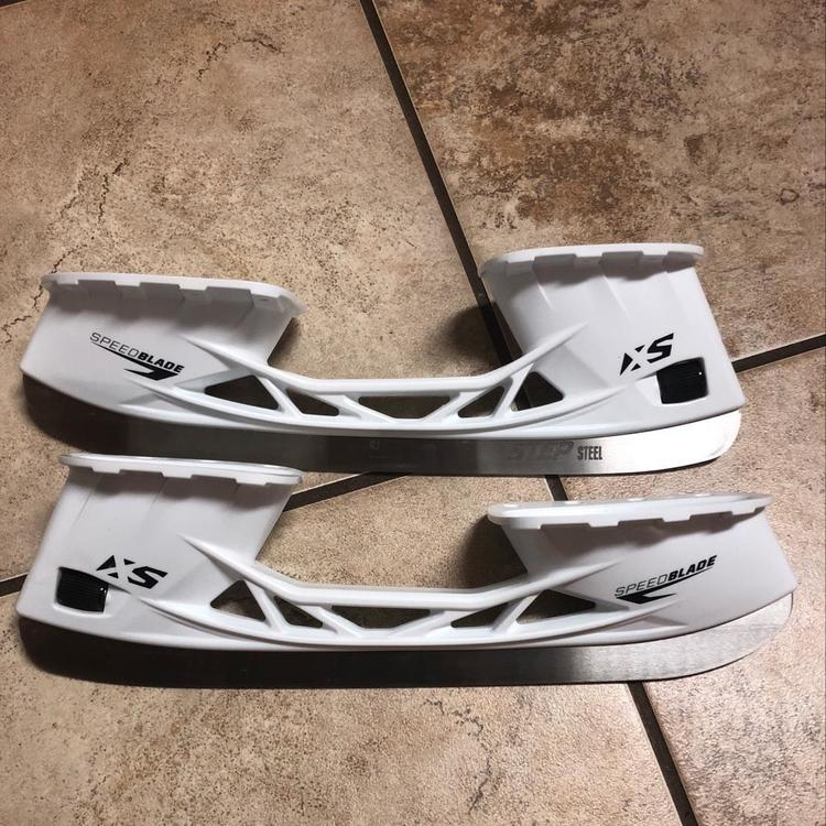 CCM Brand New Speedblade XS Holders. Step Steel