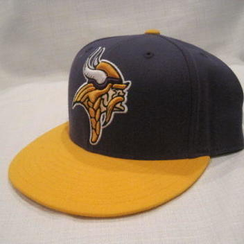 Minnesota Vikings Football Reebok fitted 7 3 4 baseball hat cap purple NEW fe955170f77