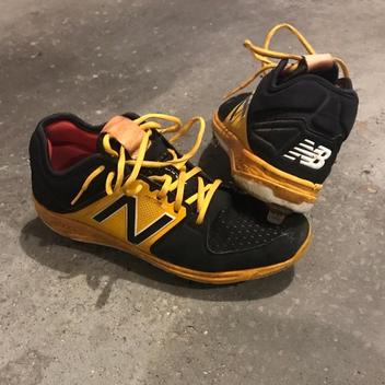 New Balance Baseball Cleats Buy And Sell On Sidelineswap