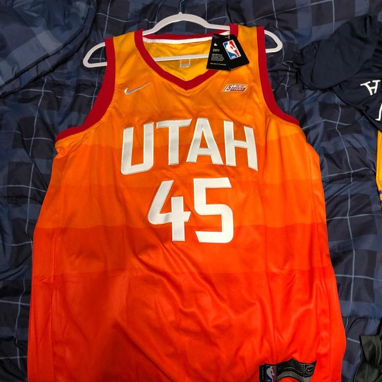 low priced 890f1 dae62 donovan mitchell city edition jersey