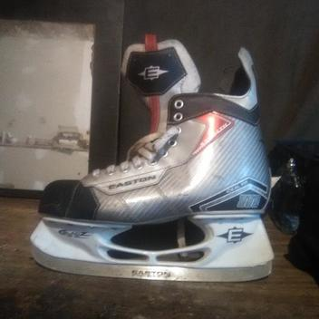b6237c9b032 New Easton SYNERGY SE16 Skates Senior Size 9.5