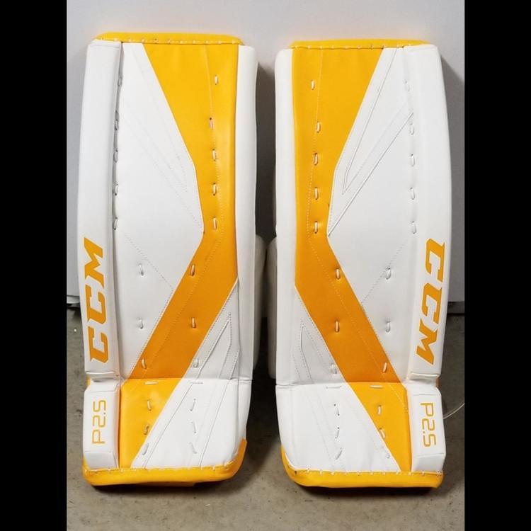 bd9bda5c9d2 CCM Premier P2.5 Junior Goalie Leg Pads 26+1