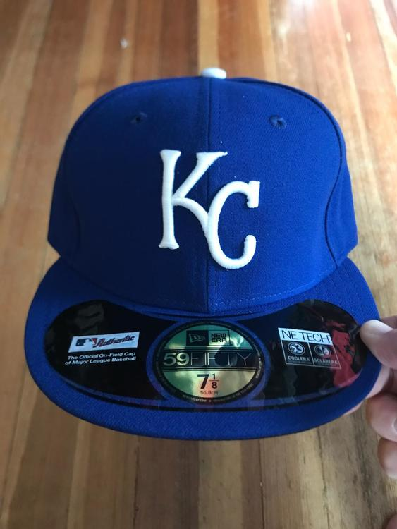 New Era Fitted Kansas City Royals Hat (Size 7 1 8)  268cf5491a1