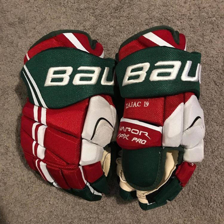 competitive price e8bdd 9f58d Brand New Travis Zajac Retro New Jersey Devils Pro Stock Bauer Vapor APX  Gloves 14