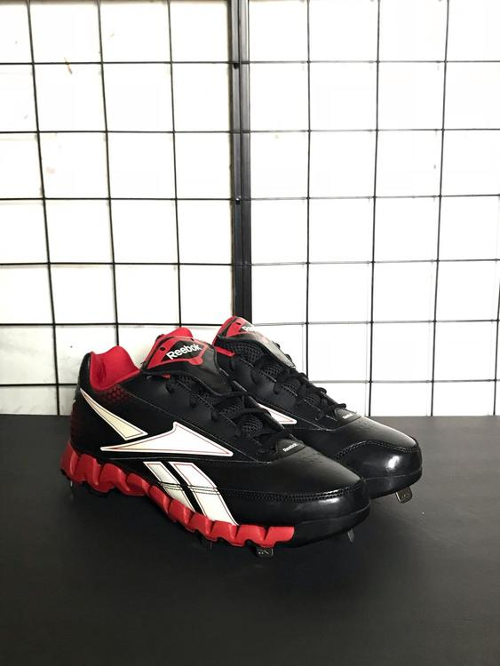 d5c76a18e06 New Reebok Zig Zag Cooperstown Low Mens Cleats (Size 10.5). Related Items