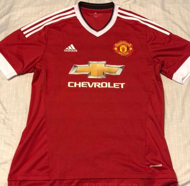 reputable site 549d0 8abe0 Adidas Manchester United Jersey