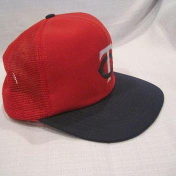 9b8f7ff4755 Vintage 1980s Minnesota Twins Snapback Baseball Hat red MLB