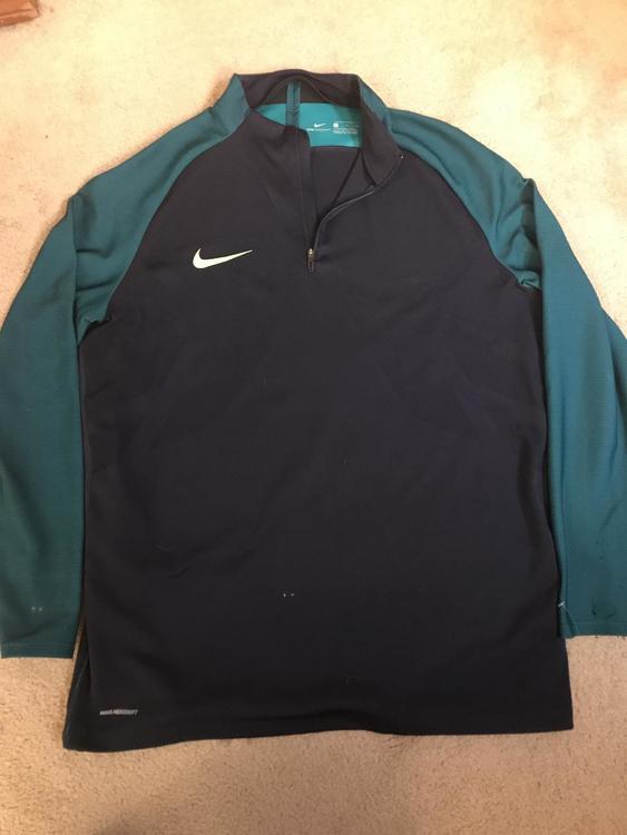 0b138fcb Nike Aeroswift Strike Drill top | Soccer Apparel & Jerseys ...