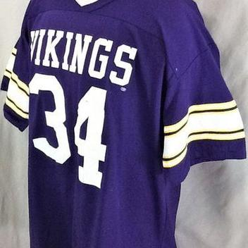 VINTAGE RAWLINGS MINNESOTA VIKINGS  34 (XL) RETRO GRAPHIC NFL FOOTBALL JERSEY  T-SHIRT. Comments (0) Favorites (0) ce6f39a39