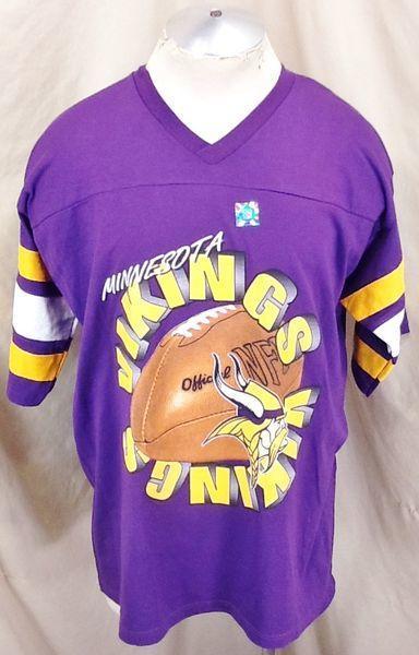 0c8a3e9c ... MINNESOTA VIKINGS (XL) RETRO NFL FOOTBALL GRAPHIC T-SHIRT. Related Items