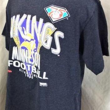 08530a4c4 VINTAGE 1994 TRENCH MINNESOTA VIKINGS (XL) RETRO NFL FOOTBALL GRAPHIC T- SHIRT