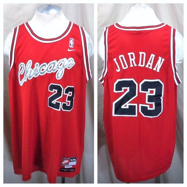 9acad2a69b95 VINTAGE NIKE FLIGHT CHICAGO BULLS MICHAEL JORDAN  23 (2XL) STITCHED NBA  BASKETBALL JERSEY. Related Items